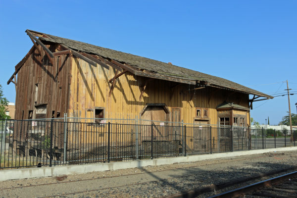 Arbuckle Train Station -2