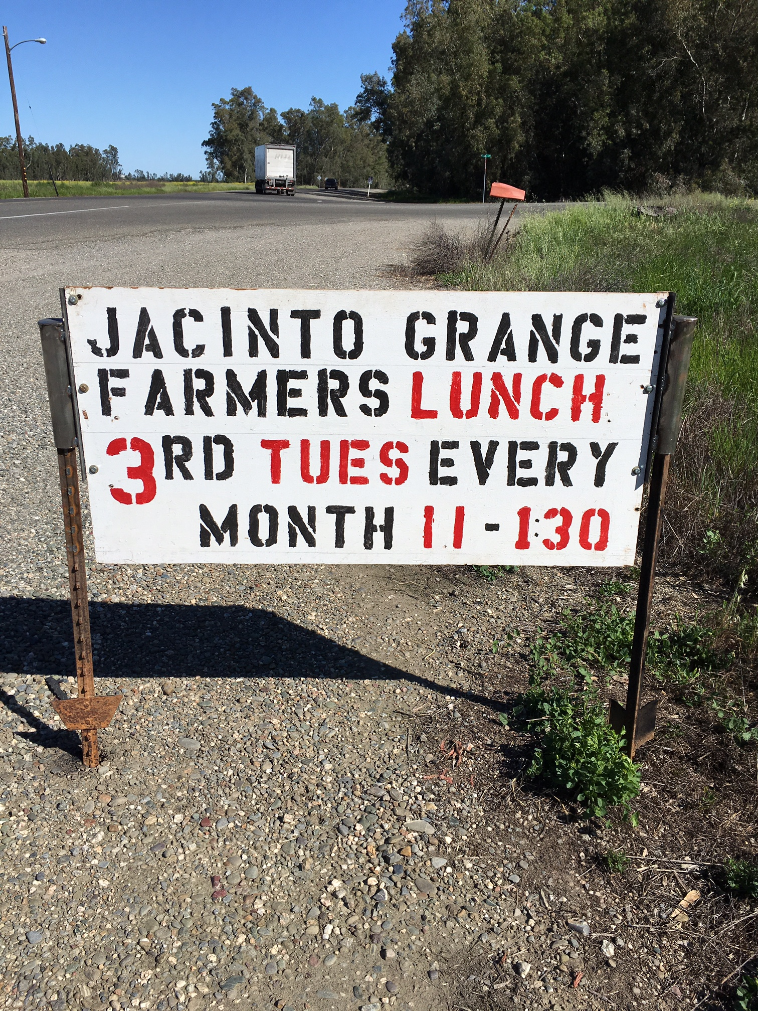 Farmers Lunch In Bayliss Sacramento Valley