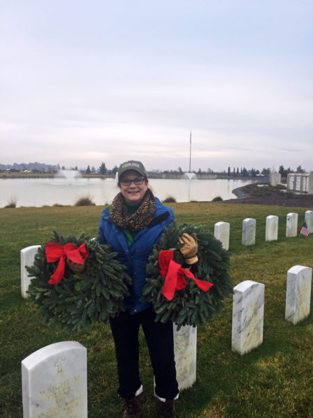 Roberta-delivering-wreaths-sacramento-valley-cementary